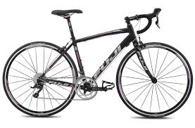 Fuji Finest 1 5 650c Compact 2014 Women S Road Bike Road Bikes
