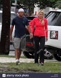 Lindsey Vonn Tiger Woods y llevar a sus hijos a la escuela, presentando: Tiger  Woods,Lindsey Vonn donde: Palm Beach, Florida, Estados Unidos Cuándo: 21 de  mayo de 2013 Fotografía de stock - Alamy