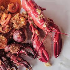 Quick! Name your favorite seafood boil ...