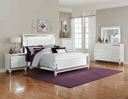 Alonza White Bedroom Set with LED Lighting