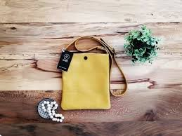 Madison Cross Body Sling Bag | Hello Pretty. Buy design.