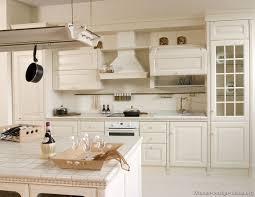 01 traditional white kitchen