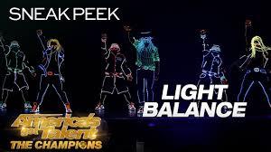 Dancers With Lights On America S Got Talent Leak Light Balance Makes Epic Return With Lit Dance