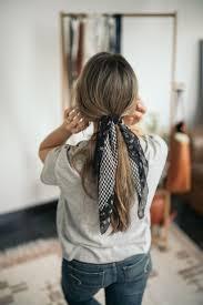 5 Möglichkeiten Einen Schal Für Langes Haar Zu Binden Lange Frisuren