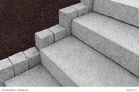 Sehr oft werden daher treppen im garten mit fertigen blockstufen aus beton aufgebaut. Aussentreppen Und Gartentreppen Selber Bauen Diytueftler Und Heimwerker De
