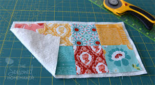 Quilt As You Go Tutorial: The Easiest Way to Machine Quilt - The ... & The quilt as you go technique (QAYG) simplifies quilting for beginners  because it is Adamdwight.com