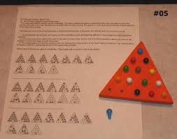 Wooden Peg Board Game Wood Wooden Puzzle Game 100 Hole Triangle Board 100 Pegs Solitaire 59