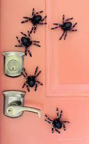 ideas outdoor halloween pinterest decorations:  sinister diy outdoor halloween decorations gleamitup