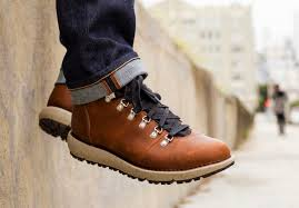 Danner Feather Light 917 Danner Hits The Pavement With Its New 917 Series Acquire