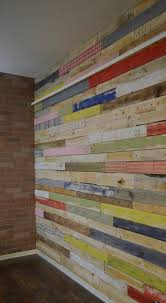 recycled pallet wood accent wall
