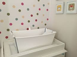 stokke flexi bath and newborn support in white 25