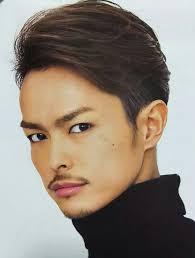 諦めないでハチ張りメンズに似合う髪型見つかりました Hachibachi