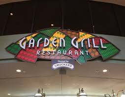 dining review candlelight processional dining package at garden grill in epcot