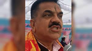 Watch Video Bjp Mla Threatens Woman Police Officer During Heated