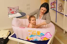 original tiny tots baby bath tub inflatable with heat sensor free pump