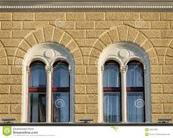 Zwei Schöne Fenster Altbau Stockfoto Bild Von Kleber 83687996