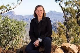 Astrophysicist Lisa Harvey-Smith - ABC News (Australian Broadcasting  Corporation)