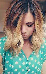 Ombr Hair Frisuren F R Frauen Mit Mittellangen Locken Farbe