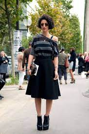 I M Completely Enamoured With The Personal Style Of Australian Fashion Retail Consultant Yasmin Sewell A Fixture On Fashion Knitwear Fashion Sweater Fashion