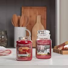 Amazon.de: Yankee Candle Duftkerze im Glas (groß) | Home Sweet Home |  Brenndauer bis zu 150 Stunden