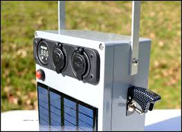 picture of portable solar 12v battery pack