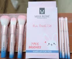 miss rose mini brush set in stan