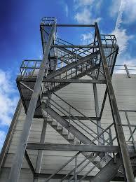 Die richtige höhe für den anfang finden. Treppen Aus Stahl