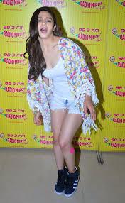 Alia Bhatt Super Sexy Legs Show In Denim Shorts At Film Humpty.