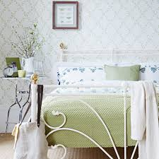 pick a theme make a small bedroom