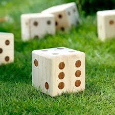 ropoda giant wooden yard dice giant outdoor gaming dice set 3 5 includes 6