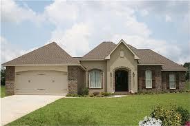 142 1092 4 bedroom 2000 sq ft acadian home plan 142 1092 main