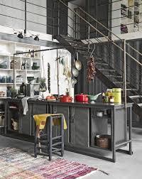 Industrieel En Bohemien Een Kleurrijk Interieur Voor Avonturiers