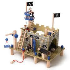le toy van buccaneer pirate fort 99 95