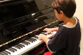Semoga dapat bermanfaat dan menambah wawasan khususnya mengenai alat musik. Tangga Nada Dibagi 2 Jenis Ketahui Perbedaan Tangga Nada Diatonis Dan Tangga Nada Pentatonis Semua Halaman Bobo
