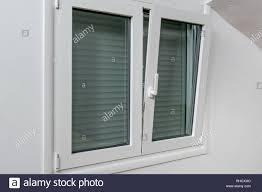 Aluminium Fensterrahmen Stockfotos Aluminium Fensterrahmen Bilder