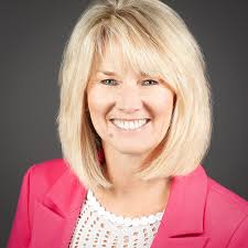 Nadine Kirk, Castle Rock, CO Real Estate Associate - RE/MAX Alliance