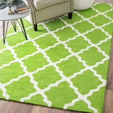 nio hand hooked fiona green rug is a handmade rugs that is made from wool blend mainly use for indoor the rugs is rectangle in shape with attractive color
