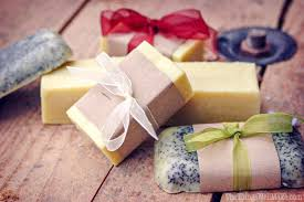 making soap isn t difficult today i m sharing my quick and easy