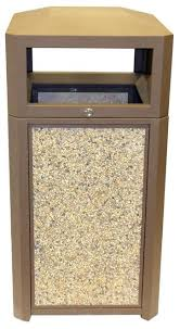 outdoor trash can. 32 Gallon The Rockwood RW32AP-BN Locking Lid Outdoor Trash Can