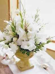 centerpieces use christmas flower arrangements ideas73