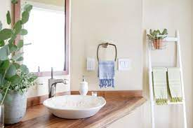 paint color ideas for small bathrooms