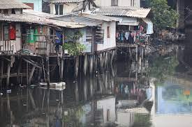 ชู3ข้อเสนอแจกคอนโด-เงิน-ที่ดินย้ายชุมชนคลองเตย - โพสต์ทูเดย์  ข่าวเศรษฐกิจ-ธุรกิจ