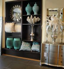 Small Picture Anyone Can Decorate Decorating Trends and Hot Colors