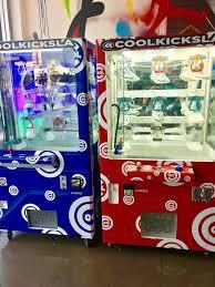 Sneaker Vending Machine Adorable Sneaker Claw Machine Yelp