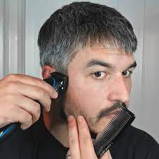 use hair clippers to cut your own hair