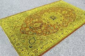 rug color for yellow couch rugs with bright colors what area walls pale vintage handmade furniture