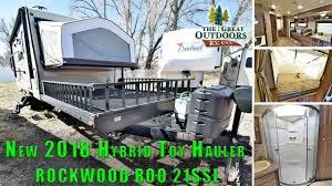 new 2018 hybrid toy hauler rockwood roo 21ssl tip out beds front deck colorado dealer