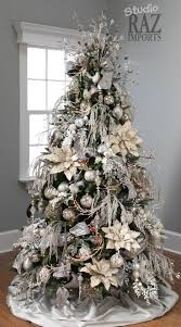 When I get a tree this is how I want it decorated @Stacey McKenzie McKenzie  McKenzie McKenzie McKenzie Jennings | Purple and Blue Christmas | Pinterest  ...