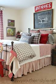 Bed Linen Decorating Savvy Southern Style Farmhouse Guest Room Christmas Home