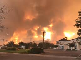 Carr Fire: Raging wildfire Northern California turns deadly, reaches ...